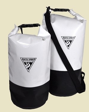 The Explorer dry bag is built to withstand serious abuse. These dry bags  are ideal for all types of outdoor adventures, from kayaking and canoeing  to white ... 431f774798